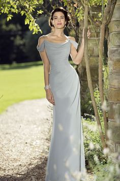 The True Bridesmaids collection is full of gorgeous, fashionable gowns that are available in an extensive range of colours. Grey off-the-shoulder bridesmaid dress - click to find out more!