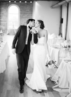 Kiss (classic Nicole Miller Dakota wedding dress)