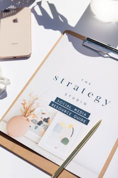Want to know how to connect with your ideal clients through social media marketing? Download this FREE 10-page guide. #socialmediamarketing #smallbusinessmarketing #growyourbusiness #contentmarketing Small Business Marketing, Content Marketing, Business Tips, Social Media Marketing, Small Business Resources, Copywriting, Connect, Branding Design, Studio