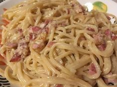 Sayas leichte Spaghetti Carbonara - List of the best food recipes Sauce Carbonara, Spagetti Carbonara, Lacto Vegetarian Diet, Vegetarian Recipes, Oven Vegetables, Cooking Whole Chicken, Indian Food Recipes, Ethnic Recipes, Spaghetti Recipes