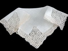 Vintage Tatted Lace Linen Bridal Wedding by littlebitvintage2, $39.00