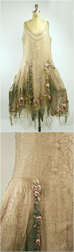 Court presentation ensemble, by Boué Soeurs, 1928, at the Met. See: http://www.metmuseum.org/collection/the-collection-online/search/83896?rpp=30pg=2ft=court+dresspos=60