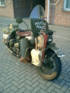 Retired RoadDog uploaded this image to 'WLA Harley WWII'.  See the album on Photobucket.