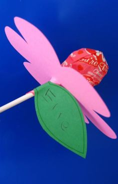 Amanda's Parties TO GO: Valentines Classroom Party Favor Ideas Homemade Valentines, Valentines For Kids, Valentine Day Crafts, Holiday Crafts, Holiday Fun, Valentine Ideas, Holiday Ideas, Kids Crafts, Preschool Crafts