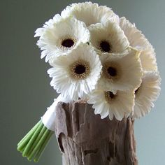 bridesmaid bouquet with Snowy mini gerberas