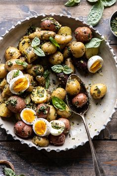 overhead close up of Pesto Potato Salad with spoon in bowl Bbq Salads, Jello Salads, Fruit Salads, Pesto Potatoes, Roasted Potatoes, Gourmet Recipes, Healthy Recipes, Vegan Potato Salads, Half Baked Harvest