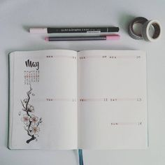 New week. Last one started off nice, ended up in fire. So this week I'm dealing with the aftermath of it. So having a nice spread done really lifts up my spirit, and dealing with what's to come is a lot easier. #bulletjournal #bujo #bulletjournalpolska #bulletjournaljunkies #may #weeklyspread #sakura #cherryblossom