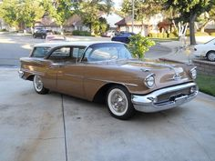 1957 Oldsmobile Super 88 Fiesta Station Wagon