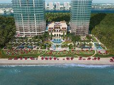 The Estates at Acqualina será el nuevo must de relajación en Miami El Spa de ESPA será una de las pocas amenidades del complejo residencial que también contará con simulador de Fórmula 1 salón de belleza pista de hielo y sal de boliche. Claro y lobbies diseñador por el mismo Karl Lagerfeld. #spa #miami #hotel #relax #relajar #ESPA #lujo #luxury  via ROBB REPORT MEXICO MAGAZINE OFFICIAL INSTAGRAM - Luxury  Lifestyle  Style  Travel  Tech  Gadgets  Jewelry  Cars  Aviation  Entertainment…