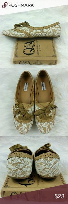 Vintage Inspired Lace Flats ~Excellent condition, no flaws  ~Only worn once  ~All man made material not rated  Shoes Flats & Loafers