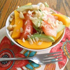 Yum Urban Fresh Fruit - Not Chocolate Healthy bite: grapefruit, avocado & mango salad.top 10 Strawberry Desserts from tasteofhome. Healthy Bites, Healthy Salads, Healthy Eating, Healthy Recipes, Clean Recipes, Lunch Recipes, Healthy Food, Mango Salad, Mango Fruit