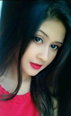 Delhi Girls, Cinema Movies, Top Celebrities, Beautiful Girl Photo, Drama Film, Indian Actresses, Girl Photos, Attitude, Bollywood