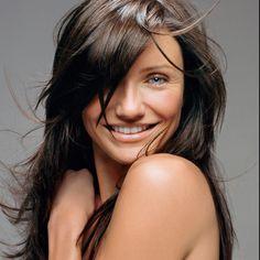 Cameron Diaz, LOVE her hair dark :)