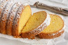 Maizena: cos'è e quando conviene usarla Yummy Treats, Delicious Desserts, Sweet Treats, Baking Recipes, Cake Recipes, Dessert Recipes, Cornmeal Cake Recipe, Baking Bad, Roasted Almonds