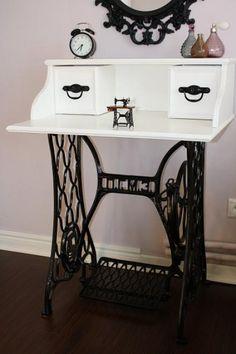 Туалетный столик из швейной машинки