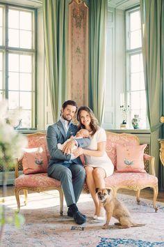 Royal Family Around the World: 2016-05-08