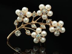 Clear Crystal Cream Pearl Beads Gold Flower Brooch.