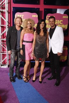 Little Big Town.  Luv the pink