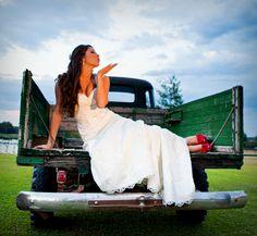 #country #bride , #outdoor #wedding