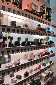 Lomography store - Analogue photography - Carrer d'en Rosic 3, 08003 Barcelona