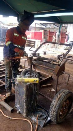 Call us +27731582436 for booking & registration CONSTRUCTION,WELDING AND LIFTING MACHINES COURSES AT MULANI OPERATORS TRAINING SCHOOL , GERMISTON (JOHANNESBURG) REG NO: 2013/124410/07 TEL : 0110664938 CELL /WHATSAPP 0731582436    We are committed to; upholding the national code of practice for the evaluation of training providers for lifting machine operators, under the driven machinery regulations in the occupational health and safety act 85/1993, as well as the good principles underpinning…