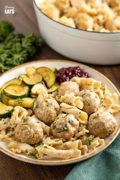 One Pot Turkey Swedish Meatball Pasta - delicious flavoursome swedish meatballs made with lighter ground turkey in a creamy style sauce with pasta. Slimming World and Weight Watchers friendly