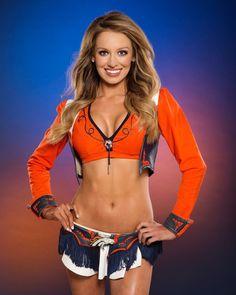 Denver Bronco Cheerleaders, Hot Cheerleaders, Denver Broncos, Pitsburgh Steelers, Cheerleader Images, Cheerleading Pictures, Cheerleader Girls, Professional Cheerleaders, Ice Girls