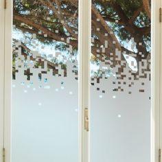 Sticker occultant pour vitres et fenêtres motif pixels.