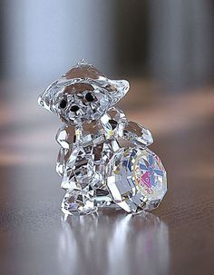 Swarovski SWAROVSKI KRIS BEAR - INTERNATIONAL – KAATJE / HOLLAND / NETHERLANDS / DUTCH 884451 | Swarovski Crystal