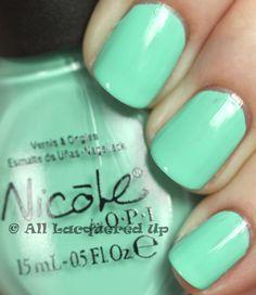 Nicole by OPI My Lifesaver
