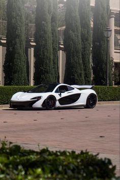 McLaren P1. My dream car- one of them - https://www.luxury.guugles.com/mclaren-p1-my-dream-car-one-of-them/