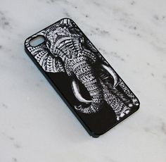 This case's strongest design element is contrast. The color is so bold, it appears as though the elephant was sitting in the negative space. The elephant is properly emphasized, as he covers most of the back of the case. The fact that his eyes are sunken in give a mysterious and sophisticated vibe to whoever has the case.