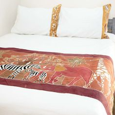 Duvet Covers ~ Various Safari Animals Designs Queen $265.00 USD Duvet cover and pillowcases in 100% cotton material, inlaid with beautiful hand-painted fabric strip decorated with a selection of Africa's evocative big game in a rich red, brown and black colourway. #VariousSafariAnimals #TribalTextiles