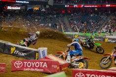 The man out front! Local boy gettin it done! 2014_Houston-SX_591.jpg 1,932×1,288 pixels