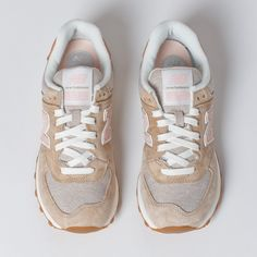 new balance 574 women beige