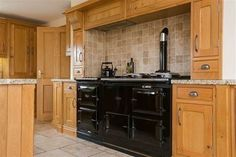 Keeping it vintage with this kitchen. We love the Victorian style cooker ❤️  #victorian #cooker #oldschool #traditional #black #property #propertynews #propertynewsni #propertynewsdotcom #dailyproperty #forsale #buynow #hillsborough #countydown #home #instagood #instagram #instalike #instadaily #instafollow #follow #dromore