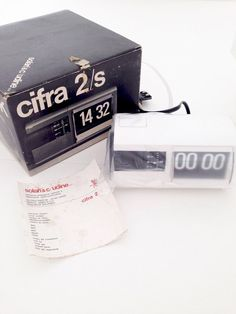 Solari Udine CIFRA 2/s SCATOLA flipclock clock design di LittleOld