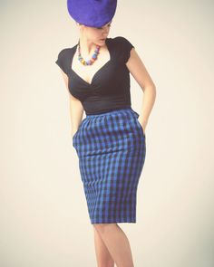 1980s royal blue and black plaid pencil skirt by InPastTimes