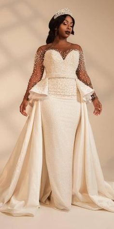 Wedding Gown - We have selected beautiful plus-size wedding dresses. These dresses have excellent design. Find the dress of your dreams and be the most attractive bride. Plus Size Wedding Gowns, Best Wedding Dresses, Bridal Dresses, Bridesmaid Dresses, Wedding Dresses For Curvy Women, Lace Wedding, Post Wedding, Full Figure Wedding Dress, Peplum Wedding Dress