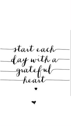 Words that uplift 💖⚡️ - BASKI - Start each day with a grateful heart! Bible Quotes, Words Quotes, Motivational Quotes, Inspirational Quotes, Good Morning Sunshine Quotes, Morning Quotes, The Words, New Adventure Quotes, Tattoo Quotes About Life