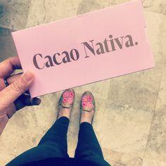 #Rosa en mi cabello y vida, #CacaoNativa me combina perfectamente, apoco no?! #Chiapas #Chocolate #Mexicano