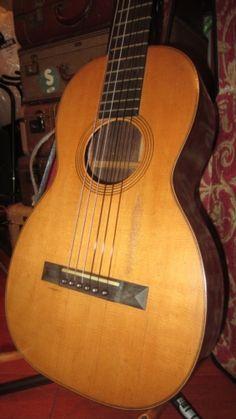 Martin Model 3-17 Parlor Guitar Natural