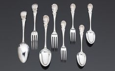 Rococo pattern - A WILLIAM IV, VICTORIAN AND MODERN SILVER PART COLLECTED ROCOCO SHELL PATTERN TABLE SERVICE OF FLATWARE,  by William Chawner & Mary Chawner, London 1832 - 1839