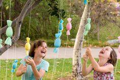 Ecco 7 originali idee per organizzare una bella caccia alle uova di Pasqua insieme ai bambini. Giochi facili e divertenti adatti a tutti.