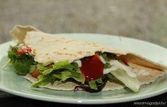 Diétás wrap – kenyér lepény | Érezd Magad Jól - Diéta és Egészséges életmód Sandwiches, Paleo, Food, Essen, Beach Wrap, Meals, Paninis, Yemek, Eten