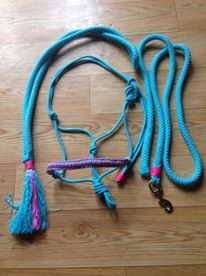 #horsegadgets #horse #gadgets #touwhalster #ropehalter #neckrope #halstertouw #leadrope https://www.facebook.com/HorseGadgets/photos/a.465517543548535.1073741845.447749785325311/838284996271786/?type=3&theater