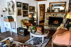 Cottage Living, Cottage Style, Beautiful Interiors, Colorful Interiors, West Indies Decor, English Decor, Joy Of Living, Old World Style, French Country Style