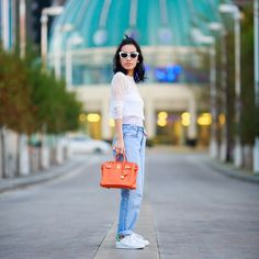 Boyfriend jeans and white lace