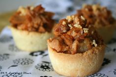 24/7 Low Carb Diner: Barbecue Chicken Mini Pies