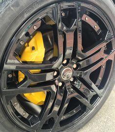 RS600 with Custom Yellow Caliper Paint. @benbray_st @signaturetechniques #signaturetechniques #kahnuae #uae #uaecars #abudhabi #mydubai #dubai #dubaicars #arabcars #saudicars #ksa #riyadh #jeddah #kuwait #qatar #bahrain #customcars #modifiedcars #luxury #blacklist #carporn #landrover #rangerover #landroverdefender #defender90 #cardesigns #carporn #offroading #bikerscafe @cargramm @saudispeed @topperformance @carinstagram @black_list @arabgarage @motory_magazine @range_vogue @arab_rangerover @onl Defender 90, Land Rover Defender, Caliper Paint, Dubai Cars, Jeddah, Modified Cars, Range Rover, Abu Dhabi, Custom Cars